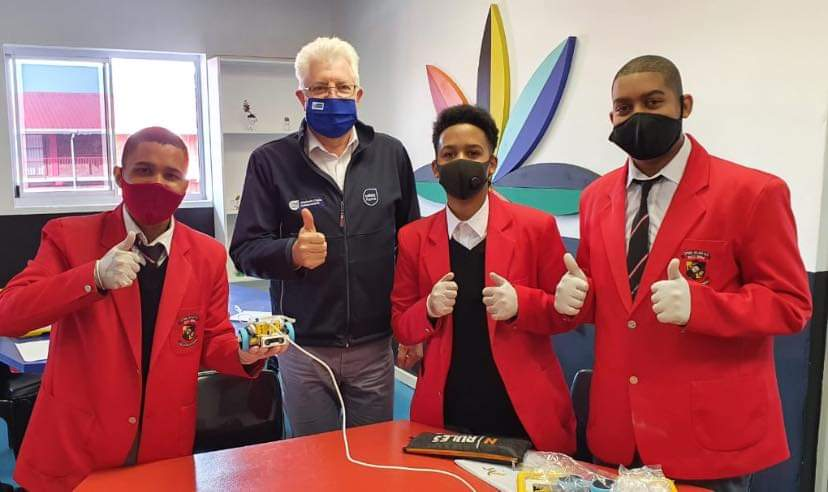 A visit from Premier Alan Winde and the provincial Minister of Education, Debbie Schafer